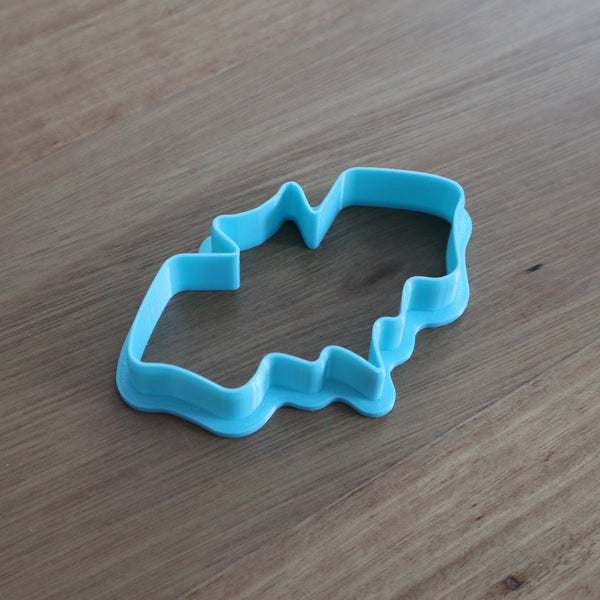 Bat Cookie Cutter perfect for Halloween. We have 2 sizes mm(h) x mm(w)  Small: 45mm x 78mm  Large: 50mm x 96mm  Be sure to  check out our other Halloween theme cutters by searching