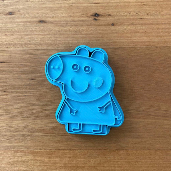 Peppa Pig Cookie Cutter and optional Stamp measures approx. 80mm tall wide.  You can choose just the outline cookie cutter or add the stamp for fondant or royal icing decoration. Why not bundle this item with George and  get a discount?  Decorated Cookie Pics thanks @oh_em_gee_cakes  Also, don't miss our other Kids themed cookie cutters, search for
