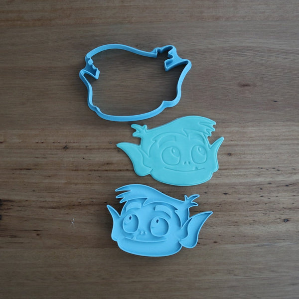 Teen Titans Beast Boy Cookie Cutter and Fondant Stamp measures approx. 70mm tall x 100mm wide. The other Teen Titan Characters are also available in store.  Also, don't miss our other Kids themed cookie cutters, search for