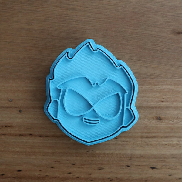 Teen Titans Robin Cookie Cutter and Fondant Stamp measures approx. 75mm tall. The other Teen Titan Characters are also available in store.  Also, don't miss our other Kids themed cookie cutters, search for