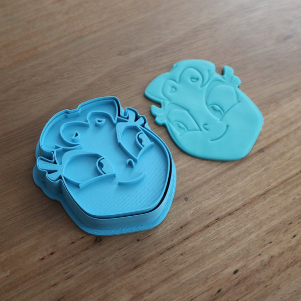 Teen Titans Starfire Cookie Cutter and Fondant Stamp measures approx. 75mm tall x 65mm wide. The other Teen Titan Characters are also available in store.  Also, don't miss our other Kids themed cookie cutters, search for