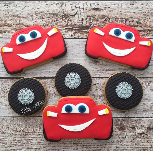 Lightning McQueen Cookie Cutter with stamp details
