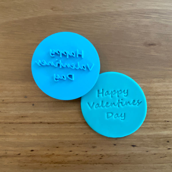 Happy Valentines Day Emboss Stamp 70mm or 80mm options  Each stamp comes with a handle on the top to help with application and removal of the stamp. This significantly improves the quality of your finished cookie.