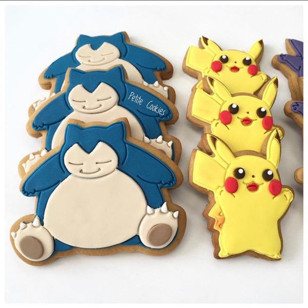 Pokemon Snorlax Cookie Cutter and Stamp measures approx. 90mm tall.  Also, don't miss our other Pokemon or Kids themed cookie cutters, search for