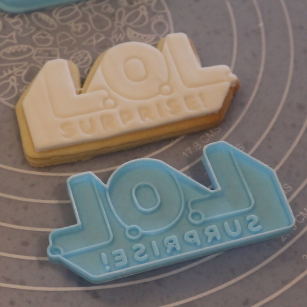 LOL Surprise Logo Cookie Cutter and Fondant Stamp Set
