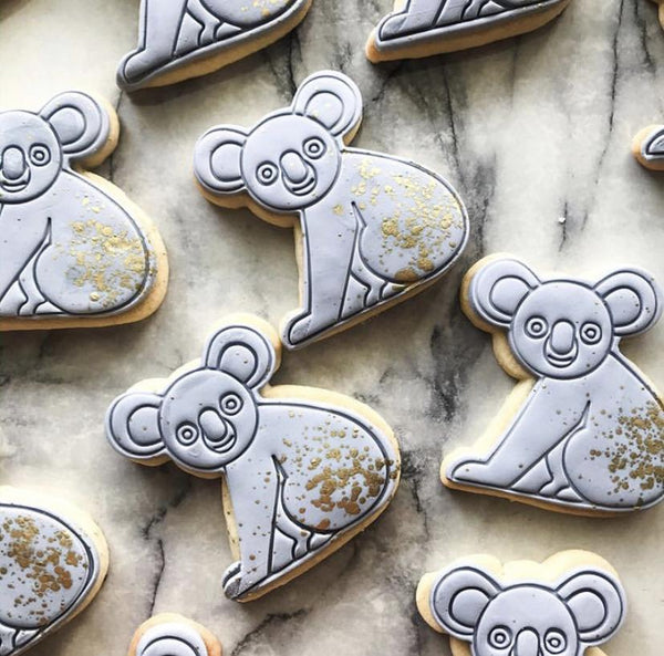 Koala Cookie Cutter with optional Stamp measures approx. 80mm tall by 75mm wide.  This Koala design comes with the option of choosing the outline cutter only, or adding the optional stamp which you can use on fondant or straight on to cookies.