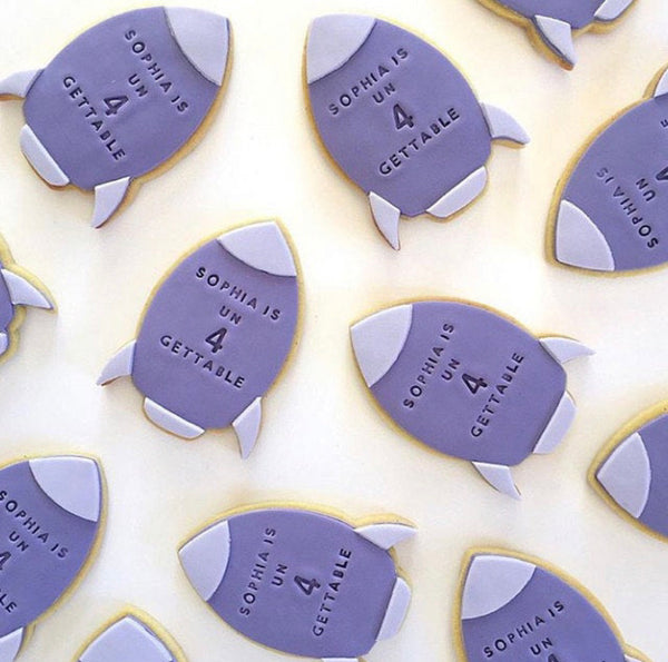 Rocket Cookie Cutter with Optional Stamp measures approx. 90mm tall by 60mm wide.  This Rocket design comes with the option of the outline cutter, or with the perfectly fitted Stamp which you can use to help with decorating, or to stamp into a plain cookie.