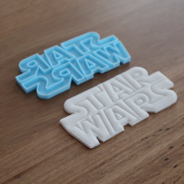 Star Wars Logo Cookie Cutter and Stamp Set