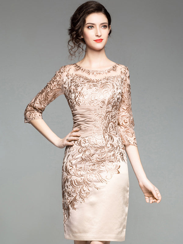 Stitching Embroidery O-Neck 3/4 Sleeve Bodycon Dress