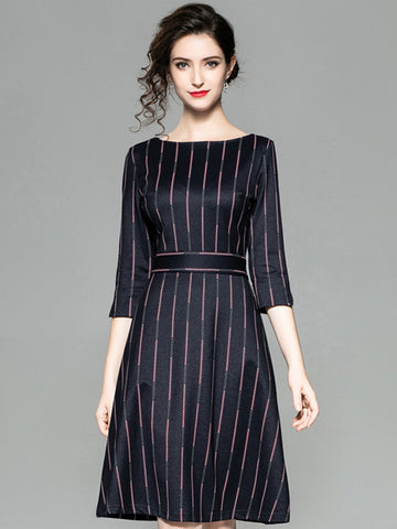 Stripe O-Neck 3/4 Sleeve Fit & Flare Dress