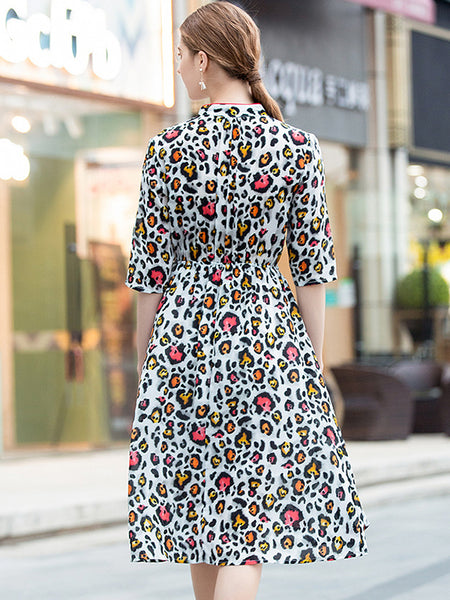 Fashion Silk Leopard V-Neck Half Sleeve Big Hem Skater Dress