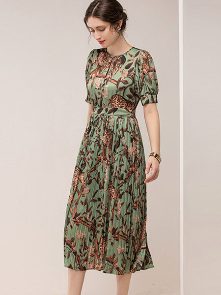 Hollow Out Vintage Digital Print Pleated Dress