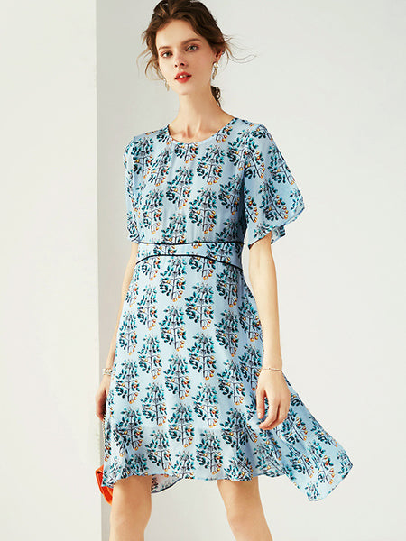 Asymmetric Print Silk Gathered Waist Brief Dress
