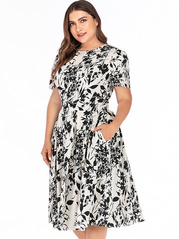 Oversize Vintage Print Pocket Skater Dress