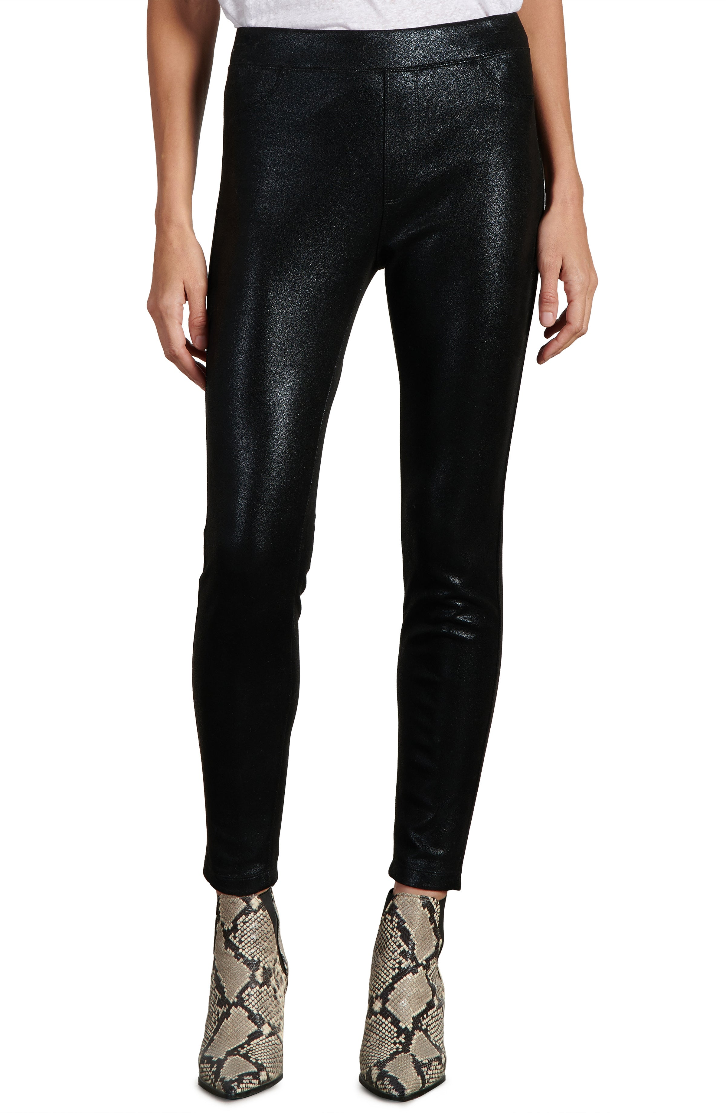 Liquid Black Runway Legging