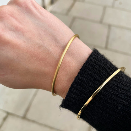 Signature Bangle, Matte 2mm