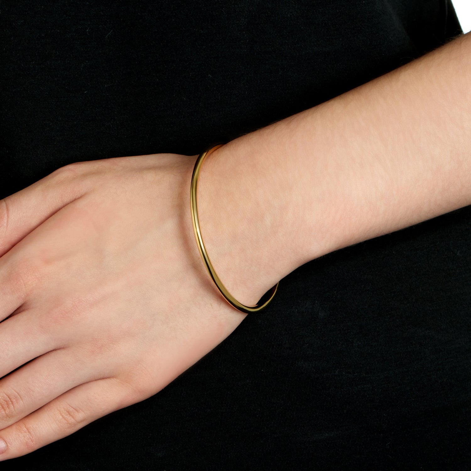 Round Bangle - Polished 18k Gold