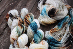Classy Worsted-Yarn-Dream in Color-915 Burr-The Sated Sheep