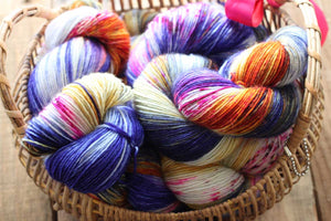 Butterfly BFL-Yarn-Dream in Color-Kyoto Sunset-The Sated Sheep