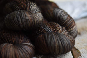 Donegal DK-Yarn-Olann-Roeh-The Sated Sheep