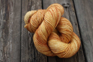 Bonnie Superfine Micron 2-Ply-Yarn-Dream in Color-Gold Experience-The Sated Sheep