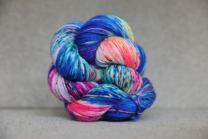 Qing Fingering-Yarn-Qing-Underwater-The Sated Sheep