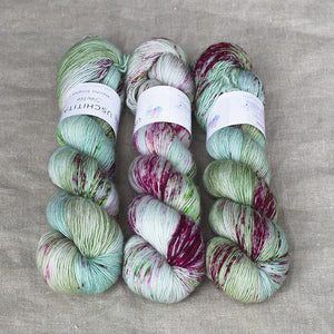 Uschitita Singles-Yarn-Uschitita-Appletini-The Sated Sheep