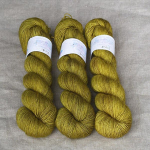 Uschitita Singles-Yarn-Uschitita-Vivid-The Sated Sheep