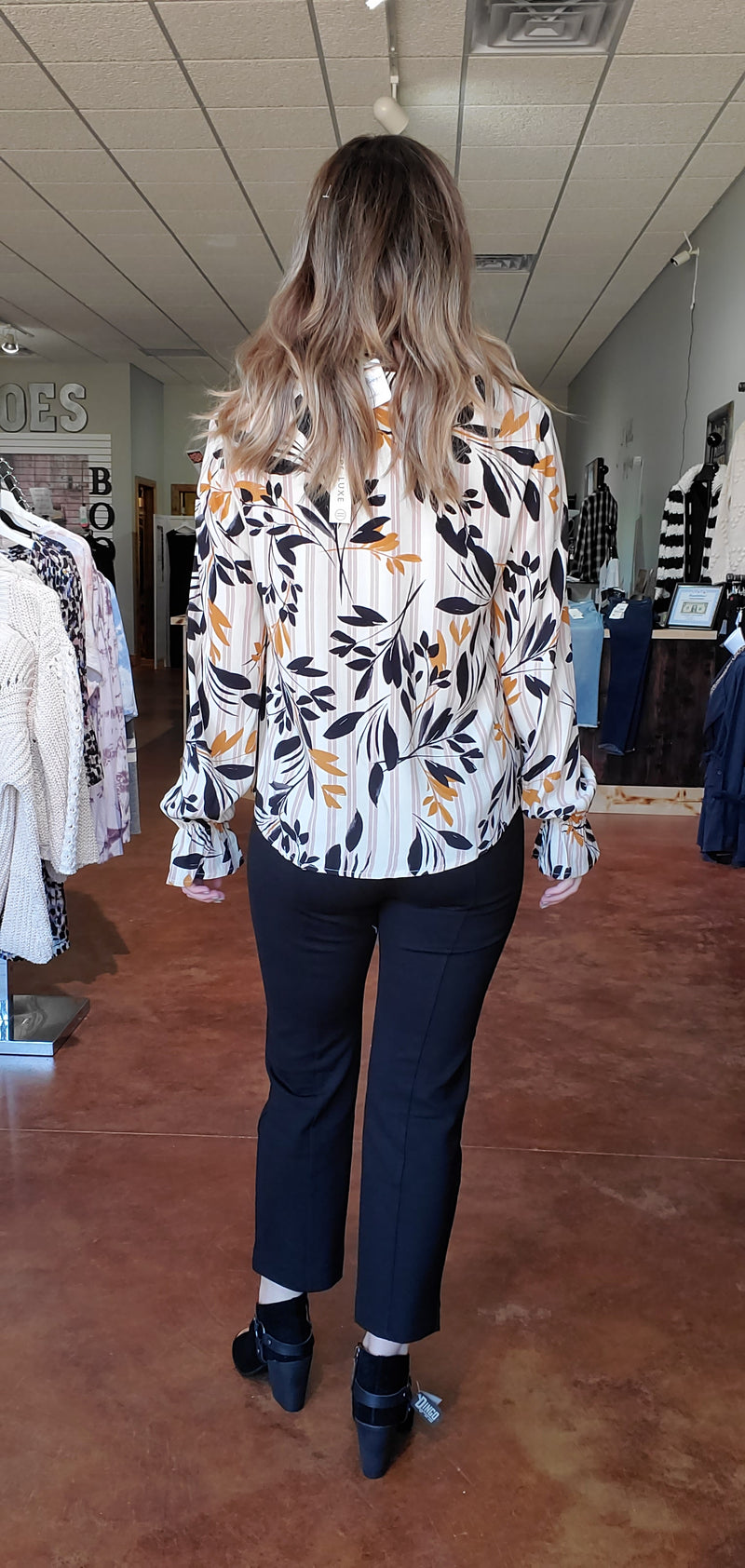 Fall Petal Blouse-Honeyed Boutique