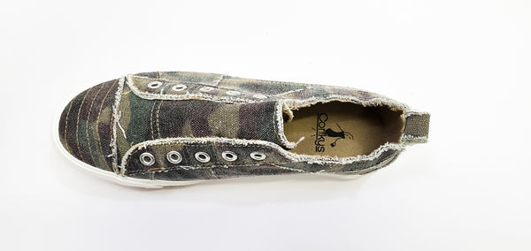 Camo Canvas Slip On Tennis Shoe