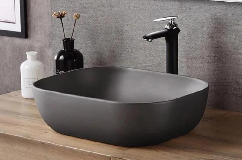 EZIO Vessel Sink