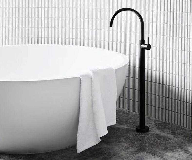 EDGARDO Bathtub Faucet
