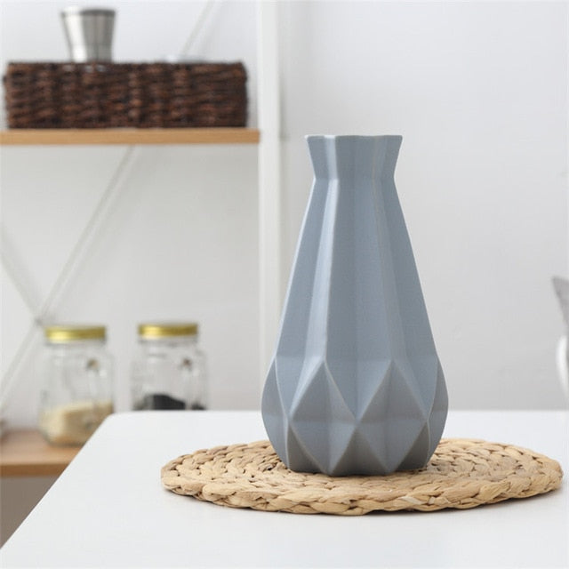 Nordic Porcelain Vase - Best Goodie Shop