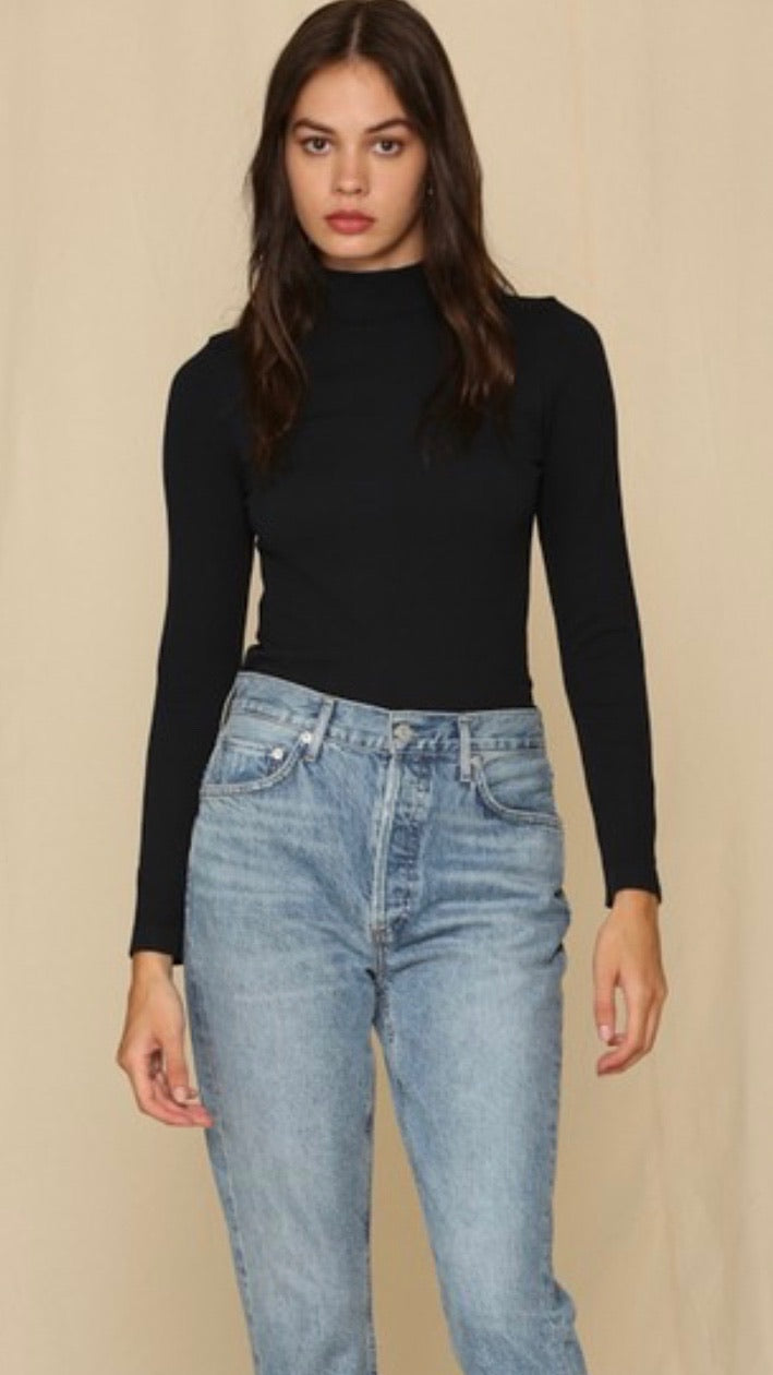 Seamless Ribbed Mock Neck Top