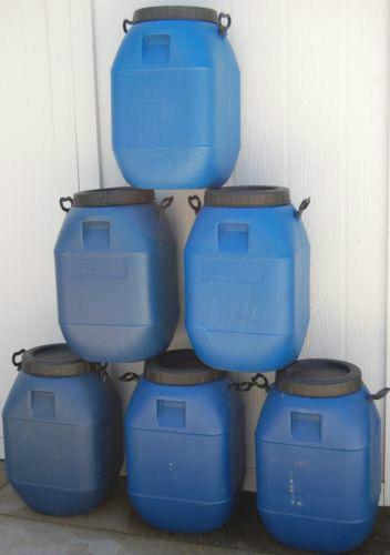 15 Gallon Storage Container Barrel Drum Heavy Blue Plastic Screw Top Handles B87