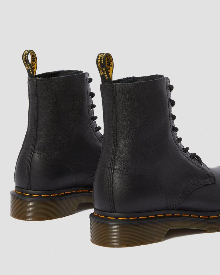 DR.MARTENS // BOTTILLONS 1460 PASCAL BLACK VIRGINIA 8 TROUS