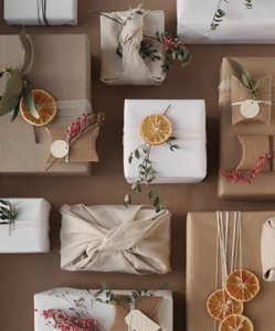 Gift Wrap: Eco-friendly gift wrapping this holiday season!
