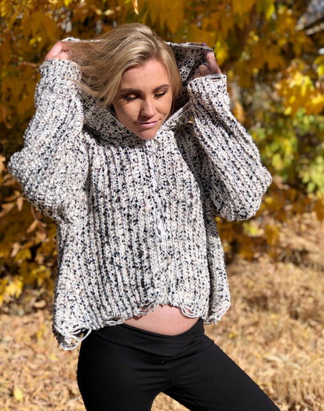 Miracle Sweater M9068 Ivory/Charcoal
