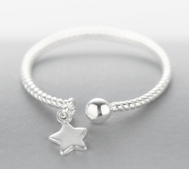 Adjustable silver Dangling Star ring