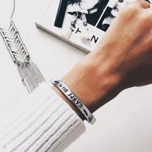 Carpe Diem bangle