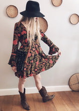 Load image into Gallery viewer, Spell and the Gypsy Collective Etienne playdress 8/10 from Lotus Collection vintage