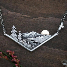 Load image into Gallery viewer, Adventure Awaits necklace