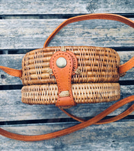 "Load image into Gallery viewer, ""Diah"" Round rattan bag"
