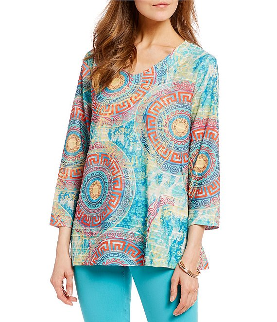 V-Neck Medallion 3/4 Sleeve