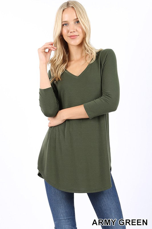 THREE QUARTER SLEEVE V-NECK ROUND HEM TOP