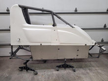 2020 Triple X Midget Chassis and Body