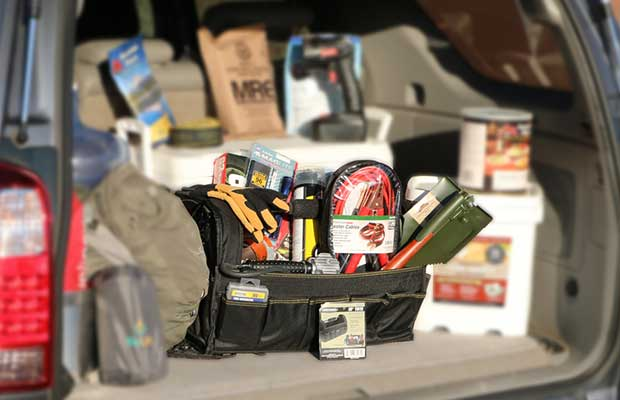 Keep associate Emergency Kit within Your automotive