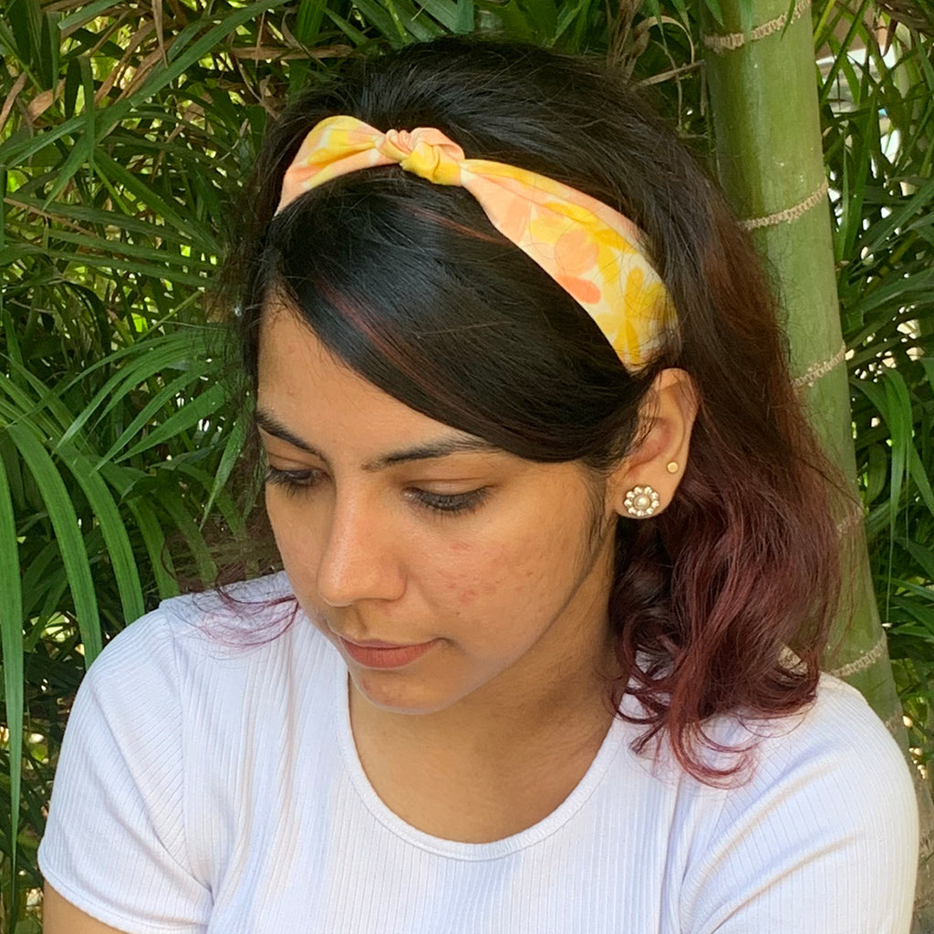 Apricot Blooms Knotted Hairband