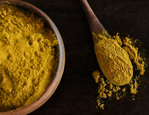 Curcumin and Turmeric powders and capsules in high quality