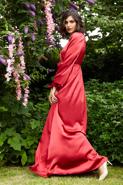 Vintage inspired dressing gown in red silk satin